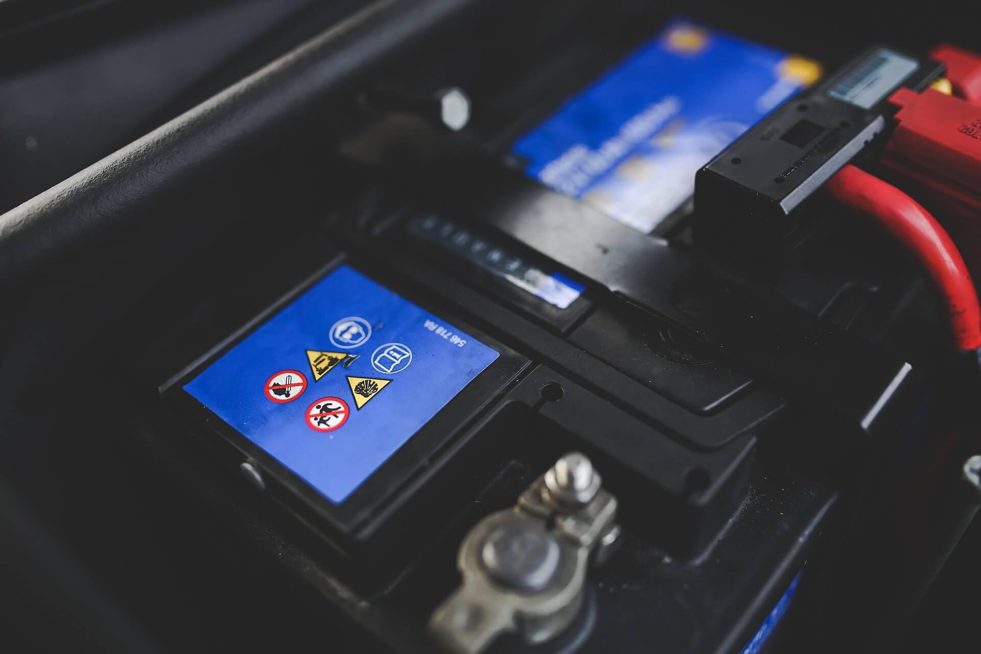 Polarité batterie voiture Chanas